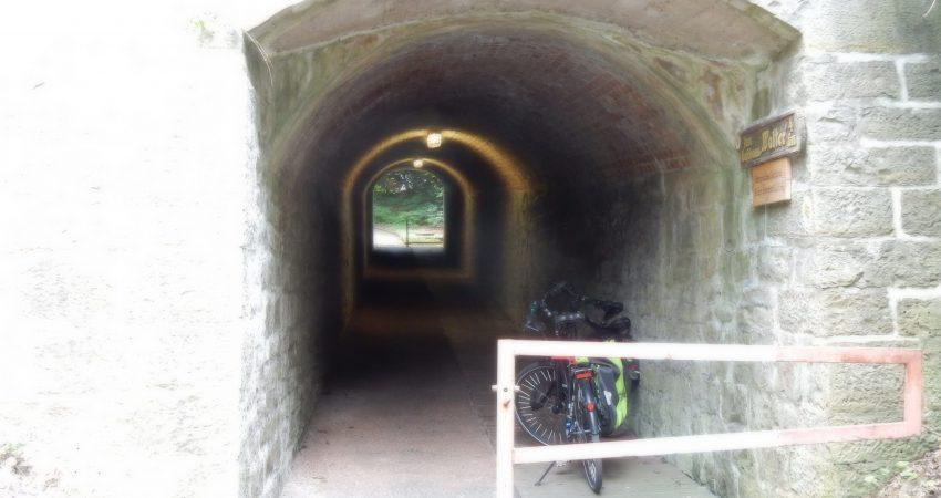 Tunnel zum Sonnenbrinkbad